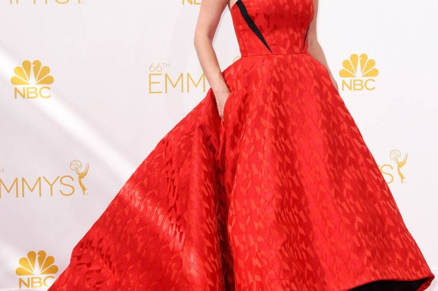 hbz-emmys-2014-swap-03-january-jones-lg