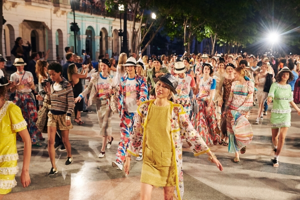 chanels-resort-2017-presentation-finale-in-havana-cuba