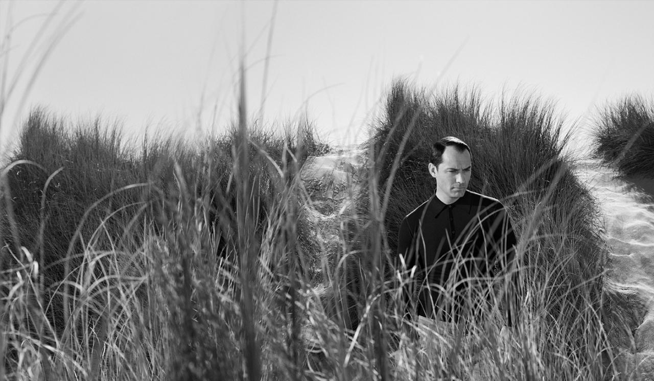 Prada-spring-2017-ad-campaign-the-impression-10