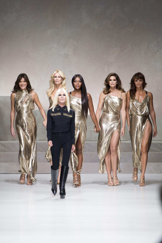 A Versace 2018 Tavaszi/Nyári kollekciója – Gianni emlékére